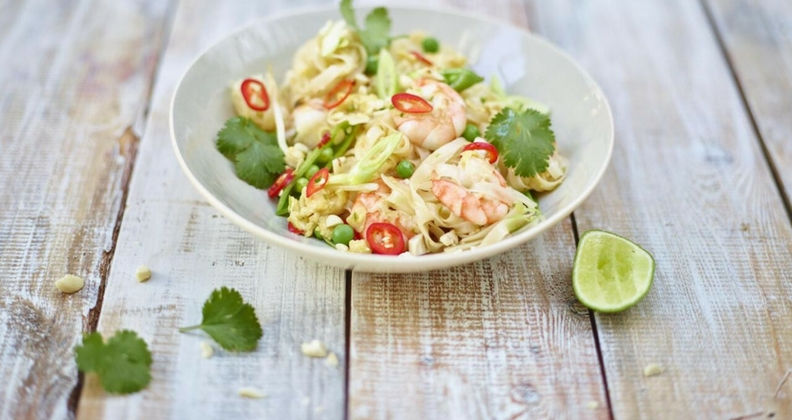 JAMIE OLIVER: SUPER-SIMPLE PAD THAI