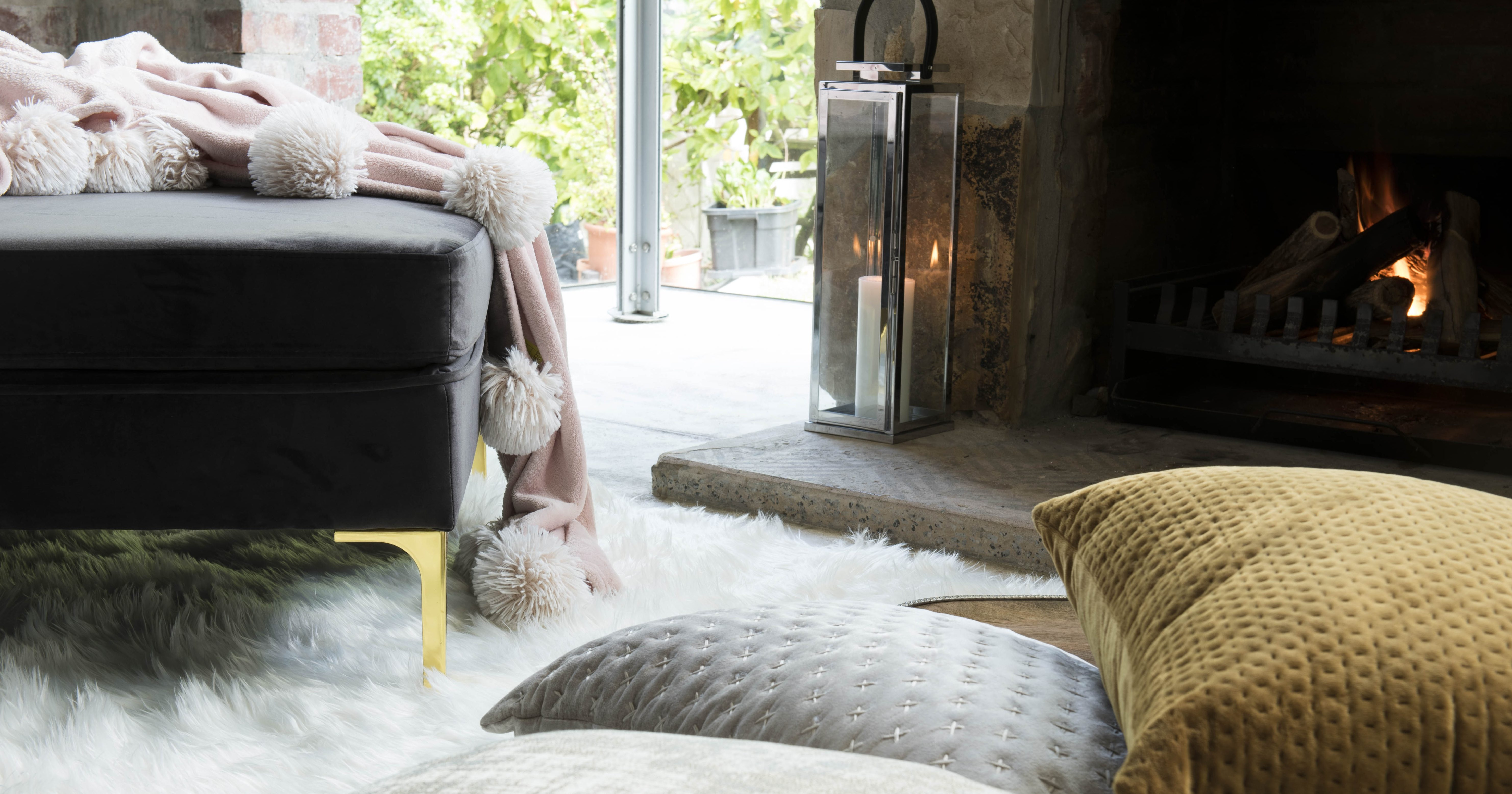 6 WAYS TO COSY YOUR HOME FOR WINTER