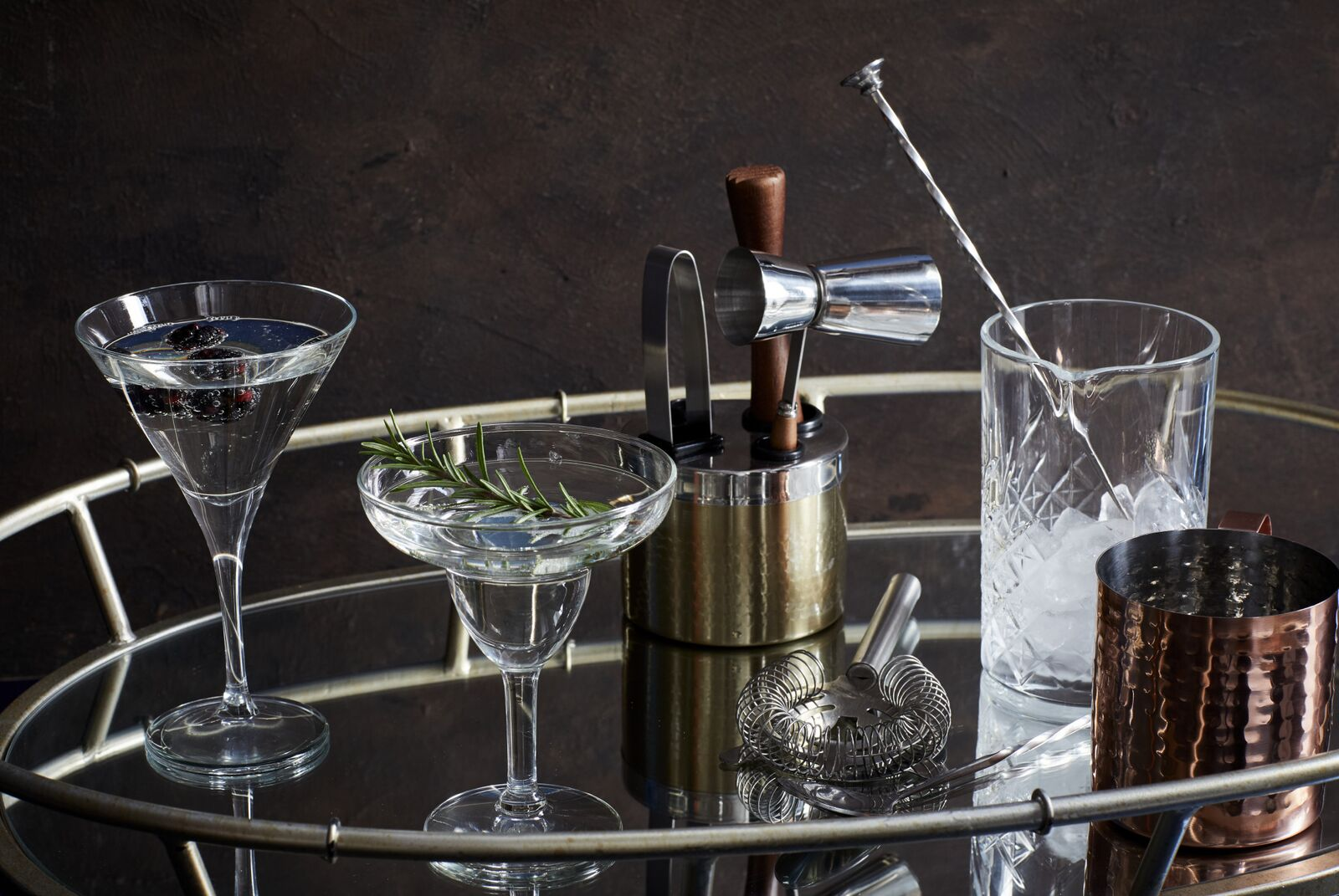 WINTER DRINKS TROLLEY