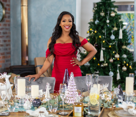 FESTIVE LOOKS FOR YOUR DINING TABLE
